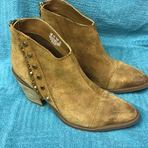 Fergie suede ankle boots size 6